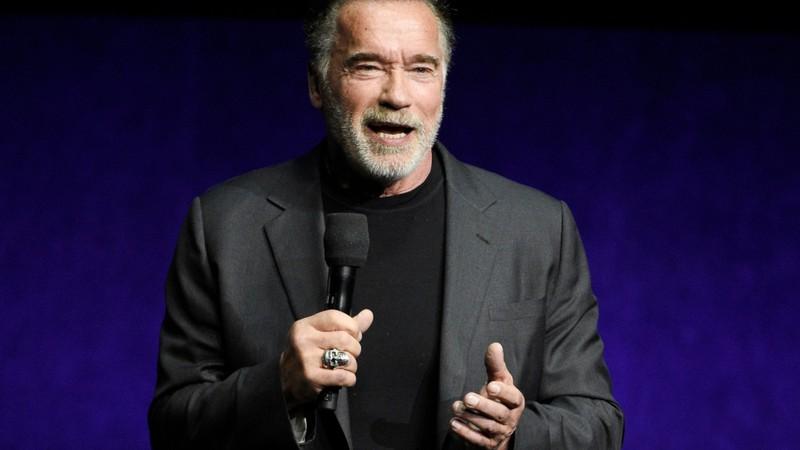 Rolling Stone Arnold Schwarzenegger Canta Rap Motivacional