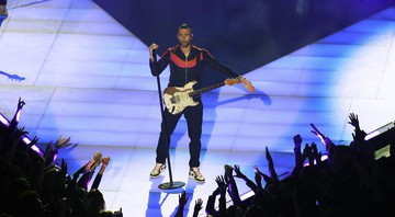 None - Adam Levine, do Maroon 5, durante apresentação no Super Bowl 2019 (Foto: AP Photo/Charlie Riedel)