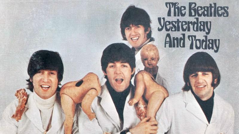 The Raconteurs recriam capa censurada dos Beatles em novo disco