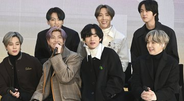 None - BTS em 2020 (Foto: Anthony Behar / Sipa USA / via AP Images)