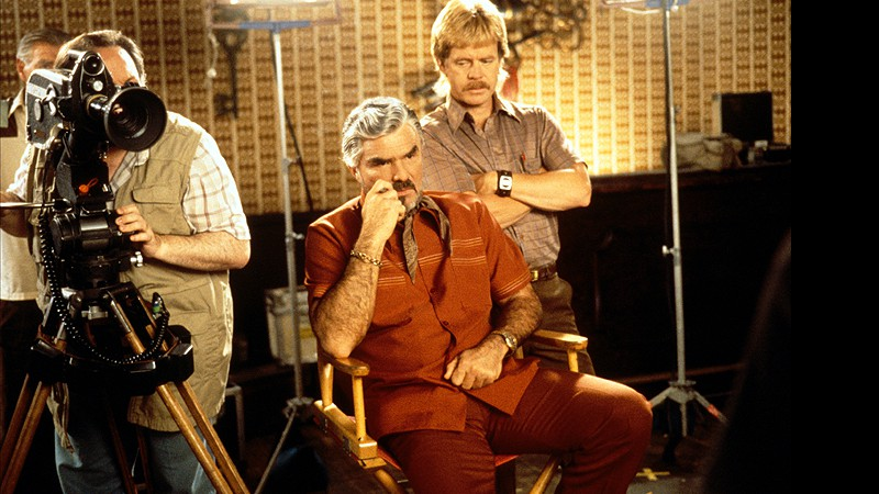 Burt Reynolds e William H. Macy em Boogie Nights