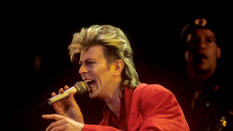 Vida de David Bowie pode ganhar filme pelas mãos de Neil Gaiman