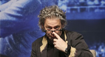 None - O diretor Dexter Fletcher (Foto:AP Photo/ Ahn Young-joon)