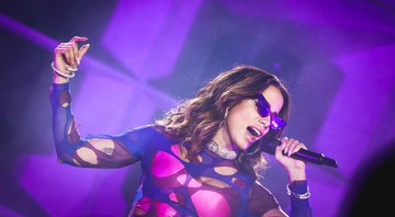 None - Anitta abriu os shows no Palco Mundo neste sábado, 5 (Foto: Vans/I Hate Flash)