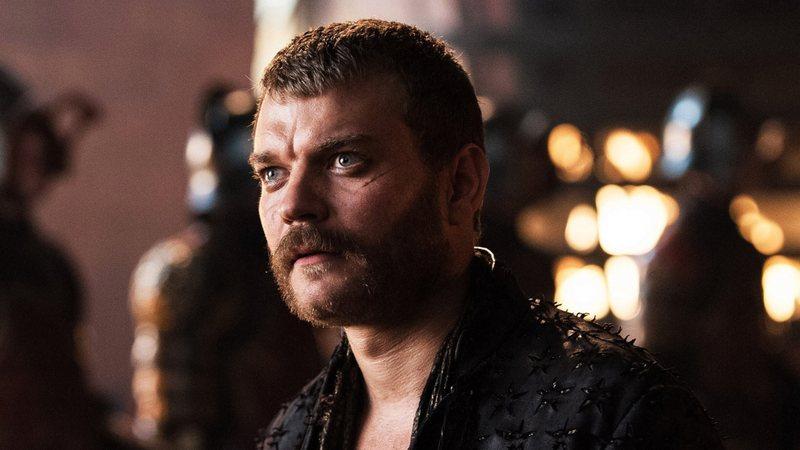 Ator de Euron Greyjoy sugere novo final para livros de Game of Thrones com casamento e assassinato