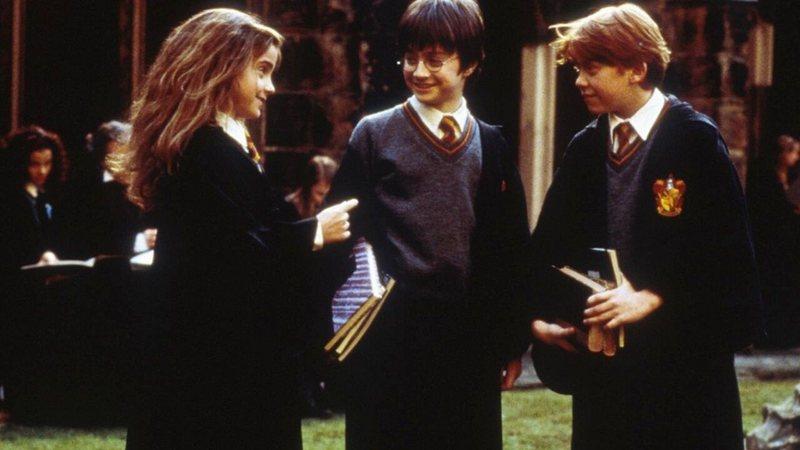 7 fatos que J.K. Rowling criou para Harry Potter depois do fim dos livros: Sexualidade de Dumbledore, escolas de magia e mais