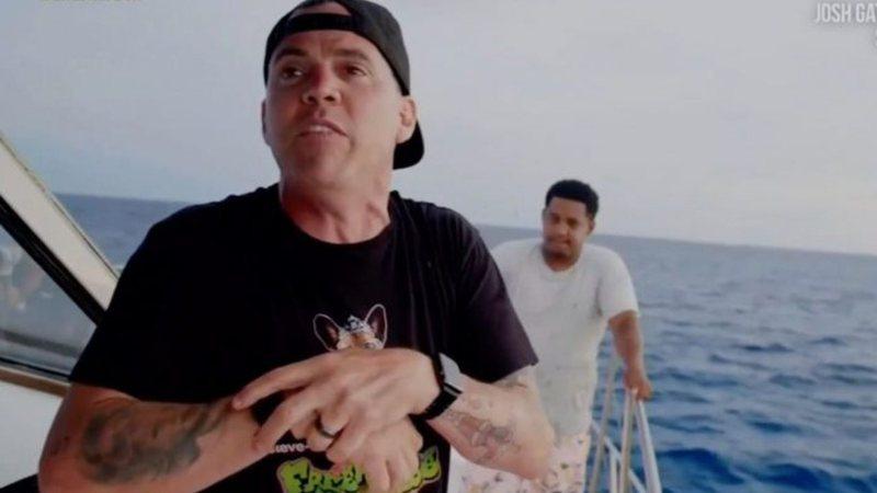 Astro de Jackass é mordido por tubarão em filmagem: 'Não está tudo bem'