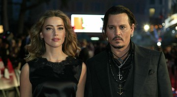 None - Amber Heard e Johnny Depp (Foto: Jonathan Brady / PA Wire Press Association via AP)