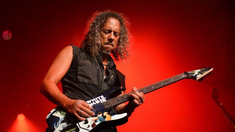 Kirk Hammett estava em 'situação delicada' no banheiro quando foi chamado para o Metallica; conheça