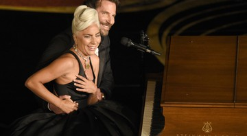 None - Lady Gaga e Bradley Cooper cantando no Oscar 2019 (Foto:Chris Pizzello/Invision/AP)