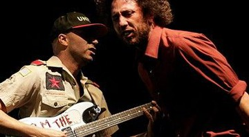 Tom Morello e Zack de La Rocha em show do Rage Against the Machine no festival Coachella, em 2007 - AP