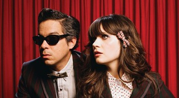 She & Him - A Very She & Him Christmas - Redação