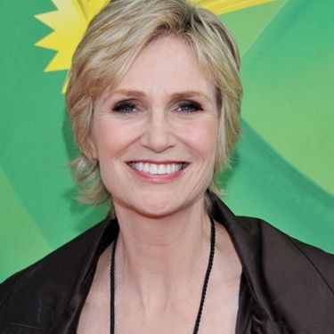 Jane Lynch integra elenco de Os Três Patetas
