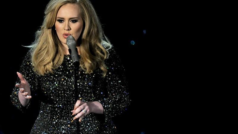 Rolling Stone · Adele gravará tema do próximo 007, segundo tabloide