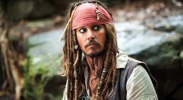 None - Johnny Depp como Jack Sparrow na franquia Piratas do Caribe (Foto: Disney / Divulgação)