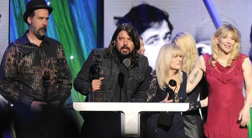 Nirvana, Dave Grohl,  Krist Novoselic, Courtney Love - Hall of Fame do Rock   - Charles Sykes/AP