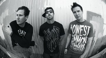 Blink-182 - Interscope Records/AP