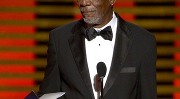 Morgan Freeman entrega prêmio no Emmy de 2014.  - Phil McCarten/AP