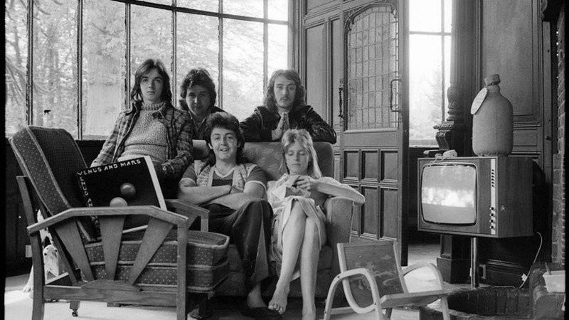 "Rolling Stone · Paul McCartney e John Bonham juntos: ouça parceria inédita em ""Beware My Love"""