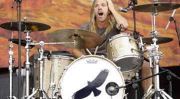 None - Taylor Hawkins, baterista do Foo Fighters (Foto: Joel Ryan/AP)