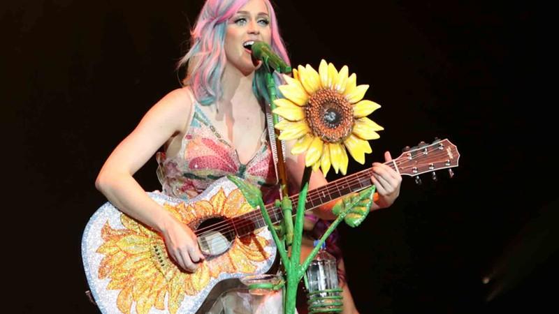 Rolling Stone · Venda antecipada de 100 mil ingressos para Rock in Rio é esgotada em menos de duas horas