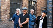 Alimentando a chama