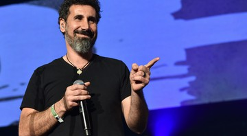 None - Serj Tankian, vocalista do System of a Down (Foto: John Shearer/AP)