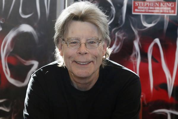"""Rolling Stone · Stephen King diz que não gosta do filme O Iluminado, de Stanley Kubrick: """"É muito misógino"""""""