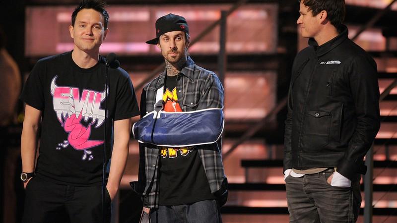 Rolling Stone · Após negar saída do Blink 182, Tom DeLonge comenta acusações dos companheiros de banda; entenda a confusão