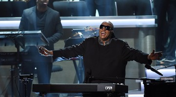 Cantor durante o show The Grammys' Songs in the Key of Life – An All-Star Salute to Stevie Wonder - Chris Pizzello/AP