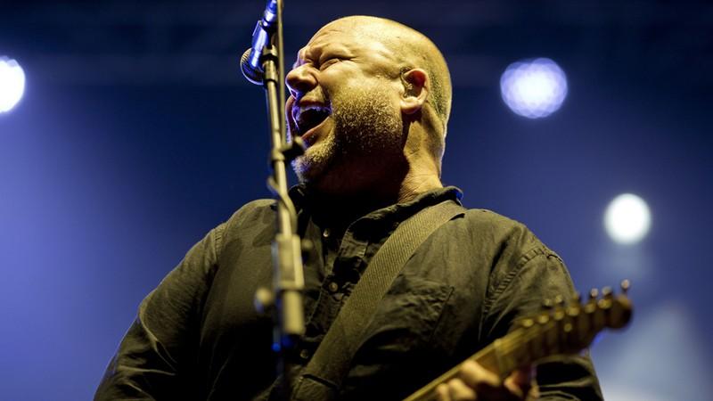 Rolling Stone · Pixies: ouça os dez melhores gritos de Black Francis em músicas da banda