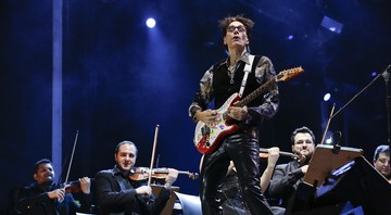 Steve Vai toca com a Camerata Florianópolis no palco Sunset do Rock in Rio 2015 - Diego Padilha/I Hate Flash