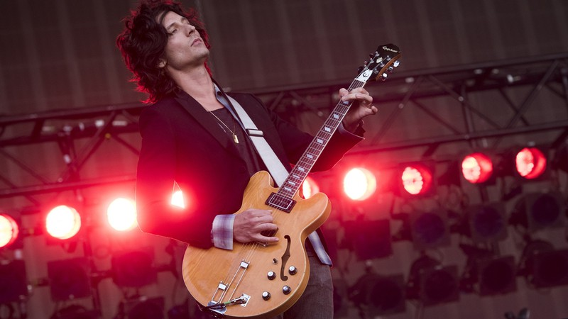 Novo disco do The Strokes pode estar a caminho e Nick Valensi despista