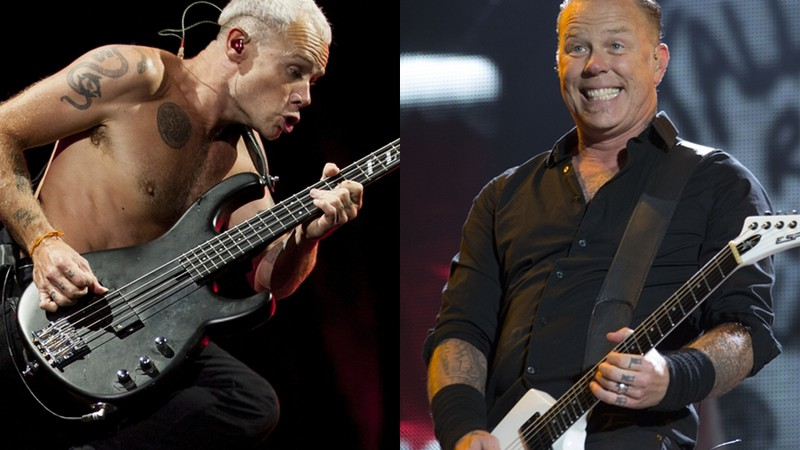 Flea (baixista do Red Hot Chili Peppers) e James Hetfield (vocalista e guitarrista do Metallica)
