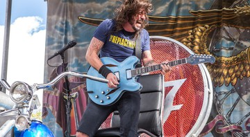 Dave Grohl em performance do Foo Fighters - Paul A. Hebert/AP