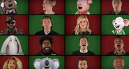 "Paul McCartney e elenco de <i>Sing: Quem Canta Seus Males Espanta</i> cantaram ""Wonderful Christmastime"" no <i>The Tonight Show</i> - Reprodução"