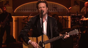 Father John Misty no Saturday Night Live - Reprodução