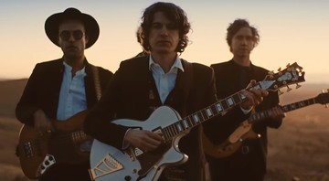 "Cena do clipe de ""Be Who You Are"" do The Kooks - Reprodução"