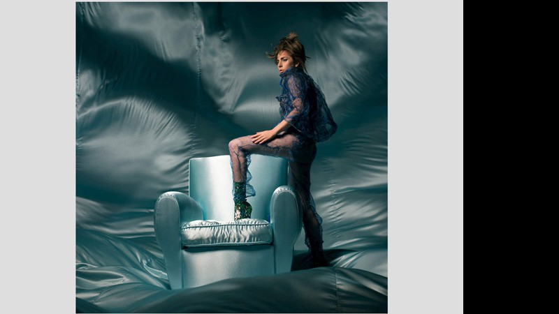 "Capa do single ""The Cure"", de Lady Gaga"