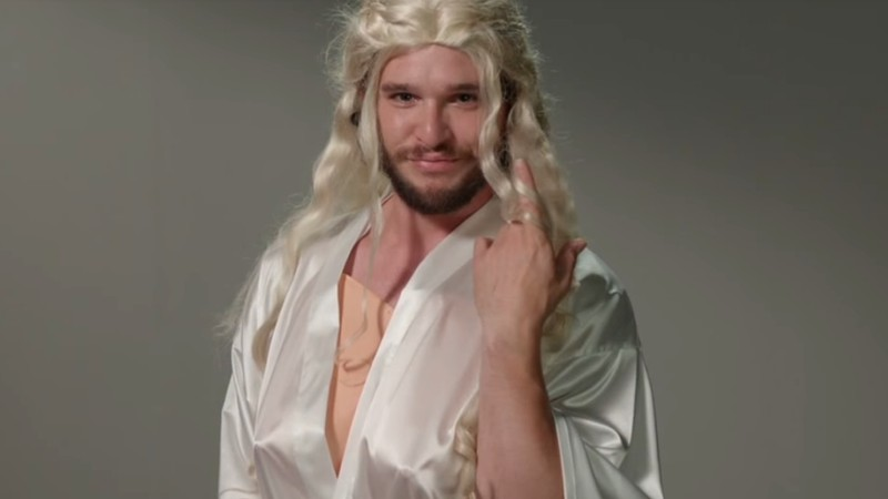 Kit Harrington como Daenerys Targaryen no Jimmy Kimmel Live