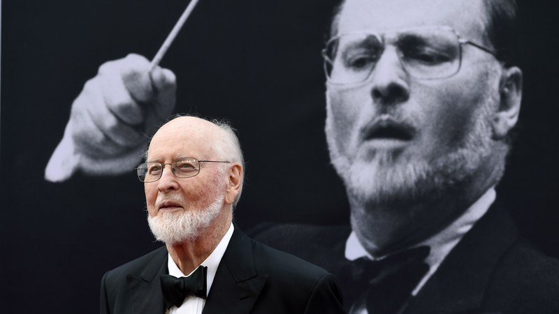 O compositor e maestro John Williams