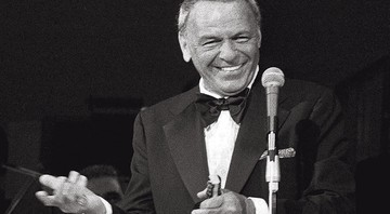 None - Frank Sinatra (Foto: AP Photo/Ray Stubblebine)