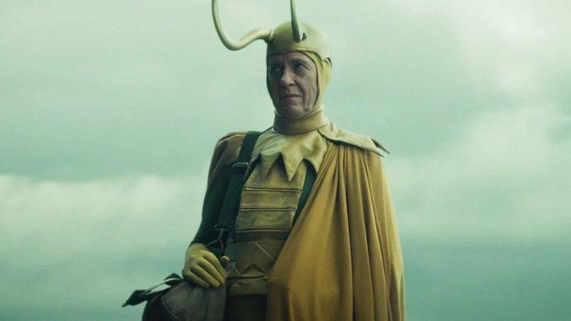 Por que Richard E. Grant reclamou do traje de Loki clássico?