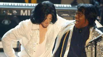 None - Michael Jackson e James Brown  (Foto: Kevin Winter / Getty Images)