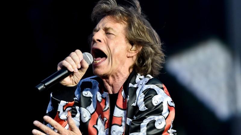 Médicos, monitor cardíaco e desfibrilador: os bastidores dos cuidados de Mick Jagger na turnê dos Rolling Stones