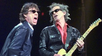 None - Mick Jagger e Keith Richards, dos Rolling Stones, em 1999 (Foto: AP Images / Elise Amendola)