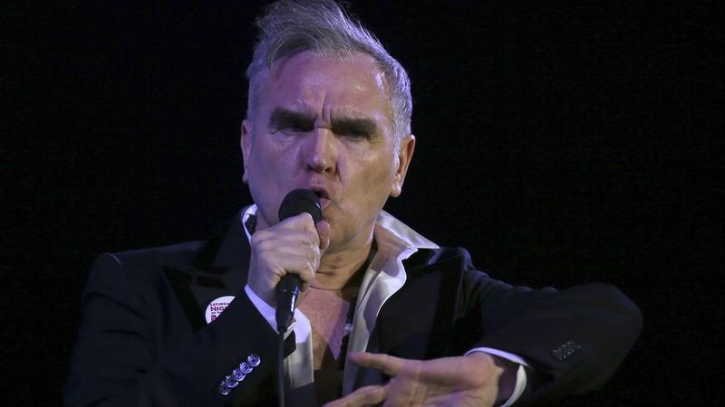 Morrissey nega ser racista, pede desculpa a Robert Smith e ataca a imprensa