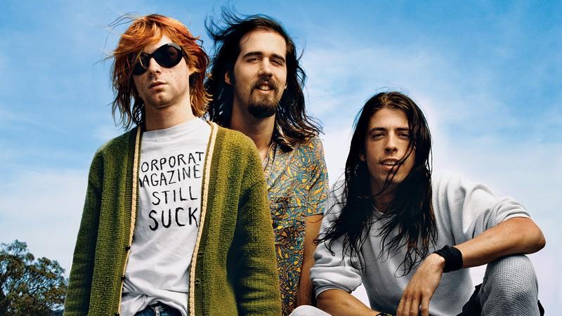 O dia em que segurança socou Kurt Cobain durante show do Nirvana: guitarrada, vidro quebrado e processos [VÍDEO]