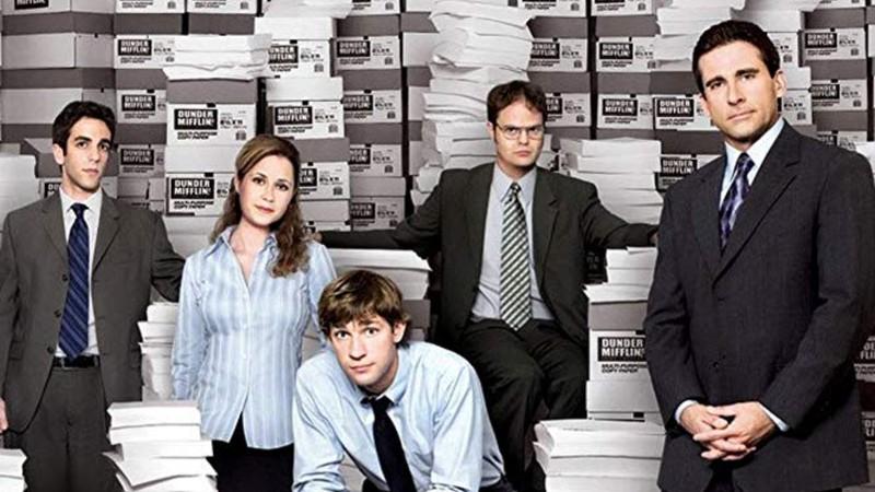 Rolling Stone · 6 detalhes sobre The Office que você certamente não sabia: da música tema à dúvidas do elenco