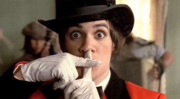 "None - Cena de ""I Write Sins, Not Tragedies,"" do Panic! At the Disco (Foto: Reprodução / YouTube)"